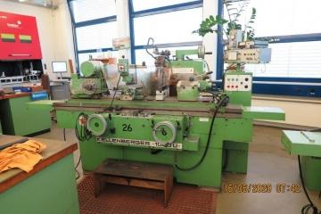 Cylindrical grinding machine No.26