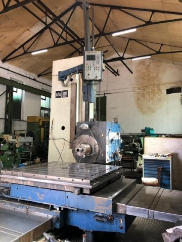 CNC horizontal boring and milling machine - 3 Axis